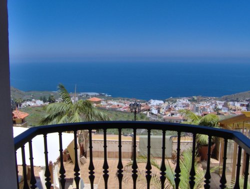 Tenerife, Spain Apartment #RU96100