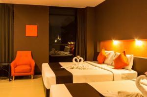 Miramar Suite 4