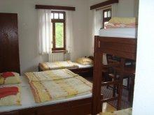 FIVE BEDED ROOM