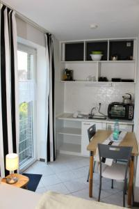 Küchenzeile im Apartment