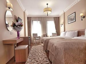 Standart Triple Room Bedroom